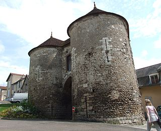 Joigny Commune in Bourgogne-Franche-Comté, France