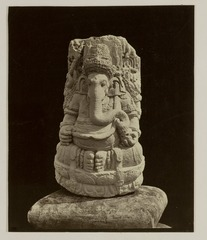 KITLV 28253 - Isidore van Kinsbergen - Sculpture of Ganesha at the residency in Kediri - 1866-12-1867-01.tif