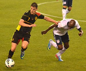 Kevin Mirallas - Mirallas in action against DaMarcus Beasley during an international friendly against the United States on 29 May 2013