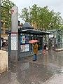 Kiosque à journaux de la Place de la Croix-Rousse (mai 2019, Lyon).jpg