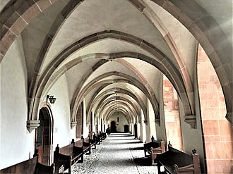 Haina - Image: Kloster Haina, Kreuzgang