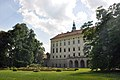 Kroměříž, Landschaftsgarten des Schlosses (37992519235).jpg