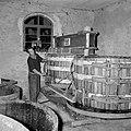 Kuipen bij een electrisch-hydraulische wijnpers, Bestanddeelnr 254-4223.jpg