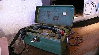 Field telephone - Image: L1010257