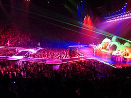 Lady Gaga, ARTPOP Ball Tour, Bell Center, Montréal, 2 July 2014 (41) (14376800767).jpg