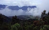 LakeManinjau1.jpg