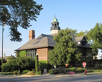 Lake Forest, Illinois - Lake Forest City Hall
