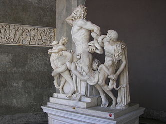 Laocoon group 2.jpg