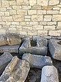 Lapidarium nel cortile del Castello Pirro del Balzo.jpg