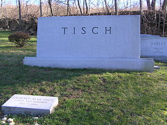 Laurence Tisch - The grave of Laurence Tisch in Westchester Hills Cemetery