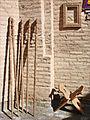 Le travail du bois (Khiva, Ouzbékistan) (5606797746).jpg