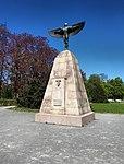 Lichterfelde Lilienthal-Denkmal.jpg