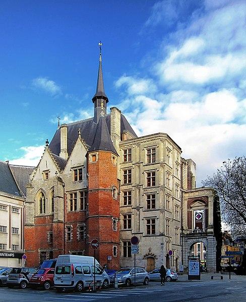 File:Lille palais rihour.jpg