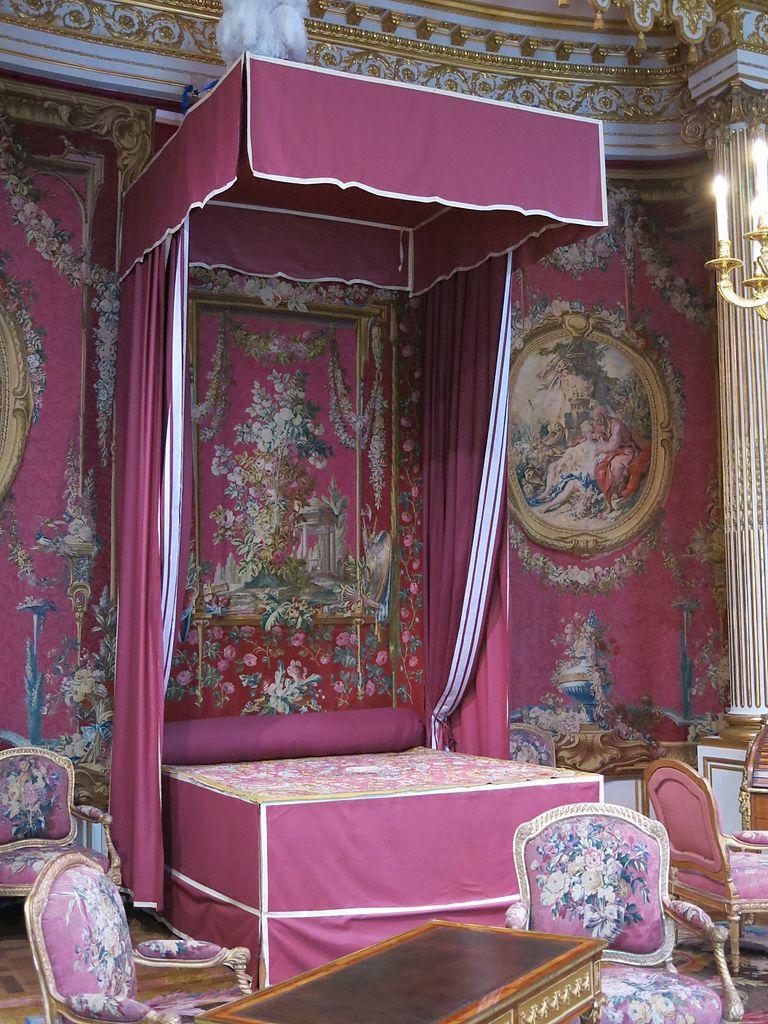 File lit de la chambre de l 39 hotel de chevreuse louvre for Chambre de parade