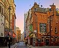 London (26592636472).jpg