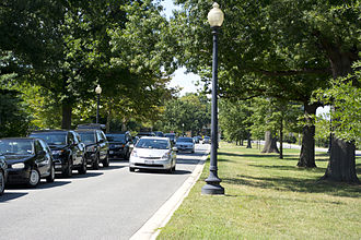 Ohio Drive - Looking north along Ohio Drive SW on the eastern shore of East Potomac Park
