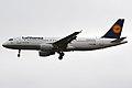 Lufthansa, D-AIZN, Airbus A320-214 (16456936285).jpg