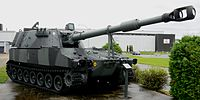 M109A4 155 mm SP Gun, CCFB Valcartier, Quebec, 5 Sep 2011 (26).JPG