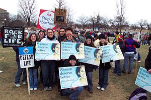 United States pro-life movement - Demonstrators at the 2004 March for Life