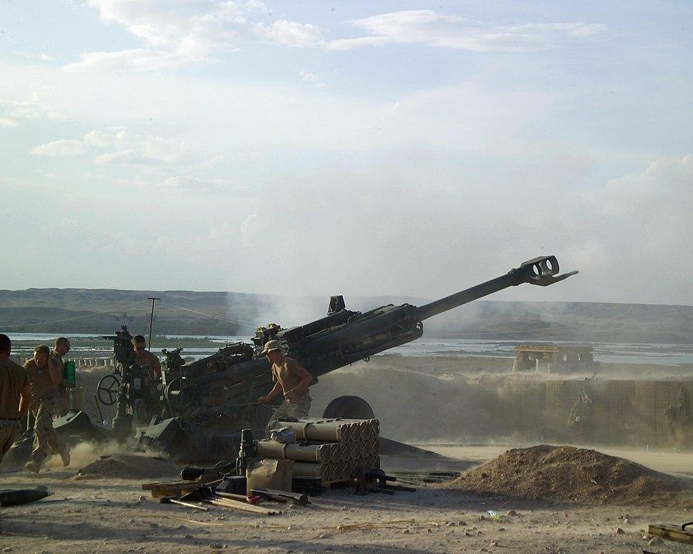 M777 Howitzer Helmand April2007.JPEG