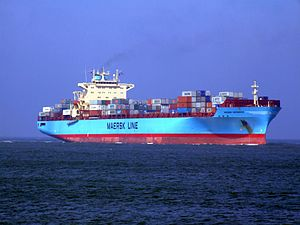 Maersk Greenock p2 approaching Port of Rotterdam, Holland 08-Apr-2007.jpg