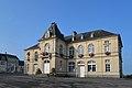 Mairie de Caumont-l'Éventé. Vue est.jpg