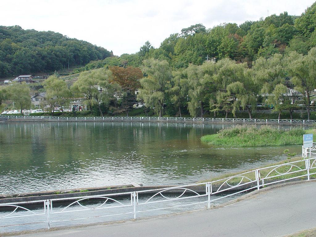 Yamanashi Japan  city photos gallery : ファイル:Manriki Park, Yamanashi, Yamanashi, Japan Wikipedia