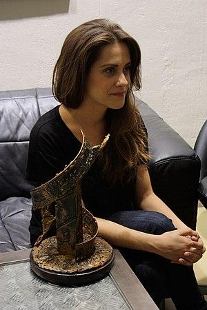 León, María (1984-)