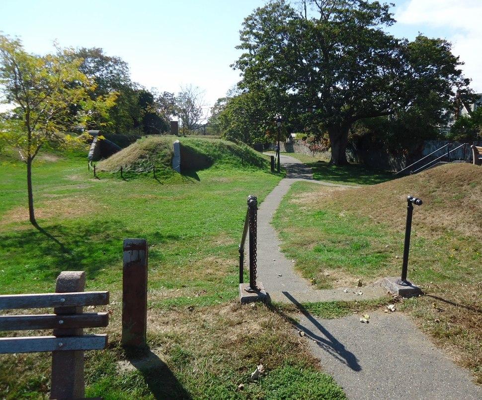 Marblehead Massachusetts paths around Fort Sewall