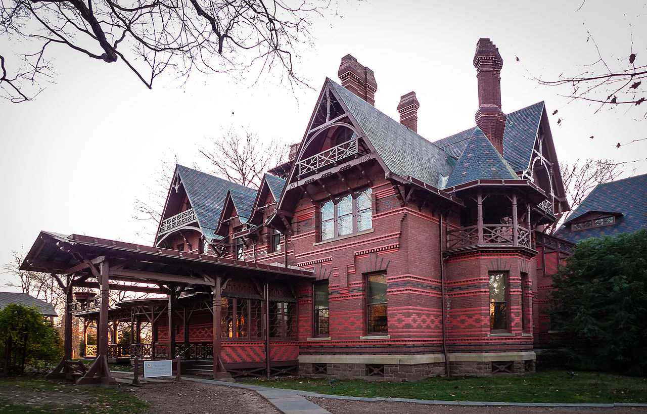 1280px-Mark_Twain_House_Hartford_Connect