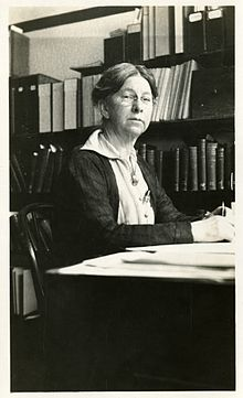 Mary Isabel McCracken (1866-1955).jpg