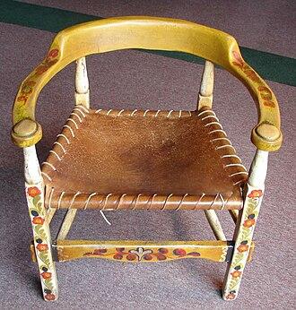 Oregon Caves Chateau - Image: Mason Monterey Horseshoe back Polychrome Chair