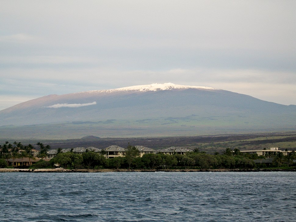 Mauna Kea from the ocean
