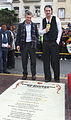 Mauricio Macri presentó un baldosón en homenaje a Ricardo Arjona.jpg