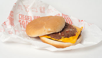 English: The McDouble, a cheeseburger from McD...