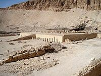 Mentuhotep-Tempel 01.JPG