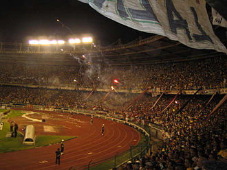 Sport in Colombia - Football is the most popular sport in Colombia. In the picture, a match is being held in Barranquilla.