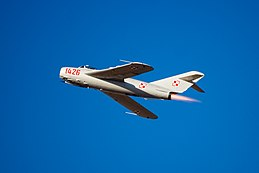 MiG-17 at the Oregon Air Show.jpg