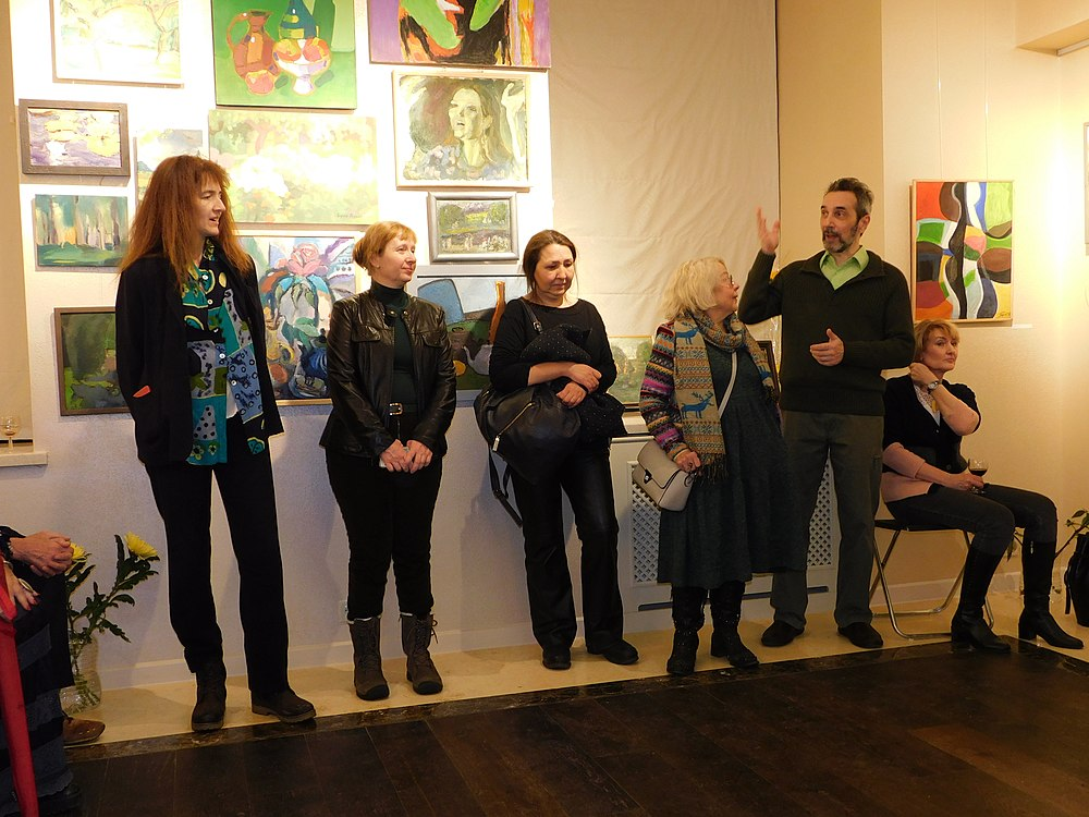 Minima gallery opening (Green collisions; 2018-12-01) 60.jpg