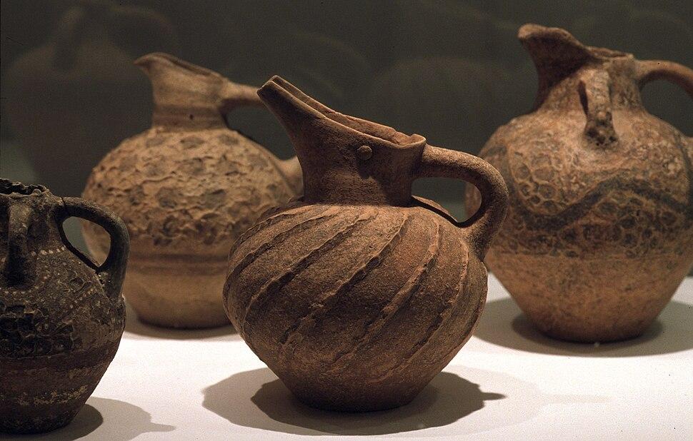 Minoische Keramik - Kannen