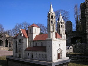 Arnstadt - Image: Modell Liebfrauenkirche Arnstadt