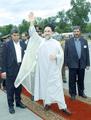 Mohammad Khatami in Tajikistan - April 30, 2002.png