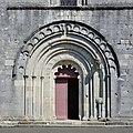Montbron 16 Église portail 2014.jpg