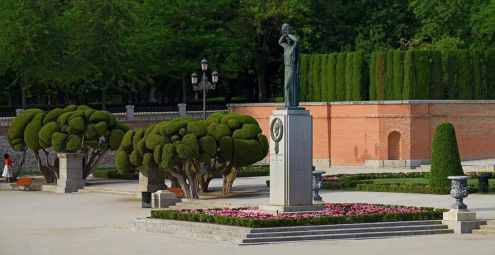 Monument to Jacinto Benavente in the Buen Retiro Park, Madrid, Spain
