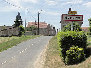 Moulins (Aisne) city limit sign.JPG