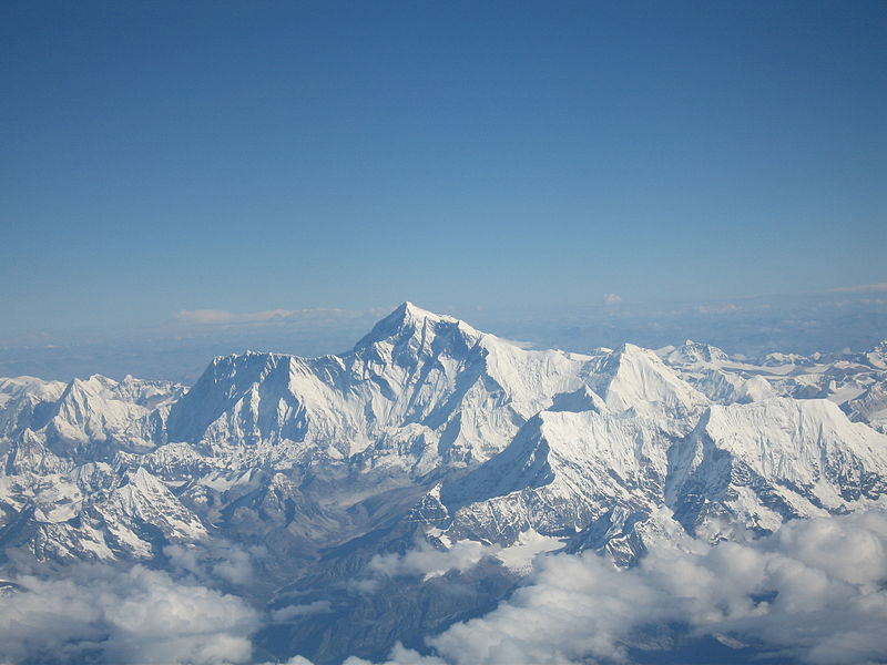 Mount Everest as seen from Drukair.jpg