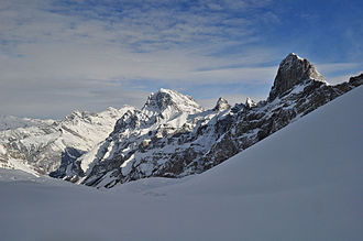 Dent Favre - Dent Favre (right) and Grand Muveran (centre) from the north side