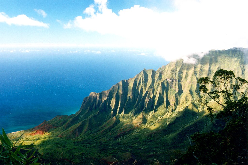 Nā Pali Coast State Park hawaii