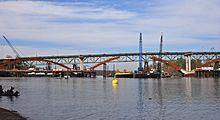 New Sellwood Bridge under construction in March 2015.jpg