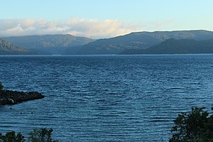 Lake Waikaremoana - Lake Waikaremoana (winter 2015)